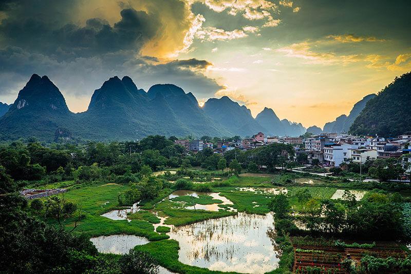 یانگشو | جاذبه های گردشگری گویلین