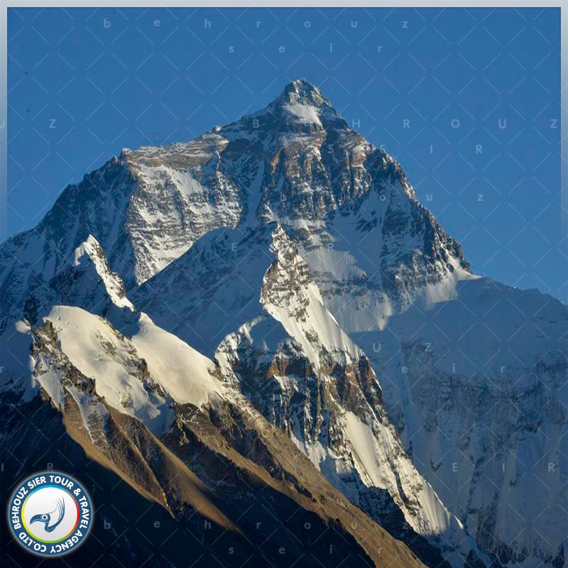 قله-کومولانگما-چین-بهروزسیر