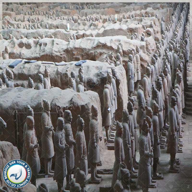 ارتش-سرخ،-یادگار-باستانی-از-دوران-امپراتوری-کین-بهروزسیر