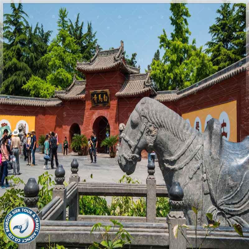 جاذبه-های-گردشگری-معبد-اسب-سفید-بهروزسیر