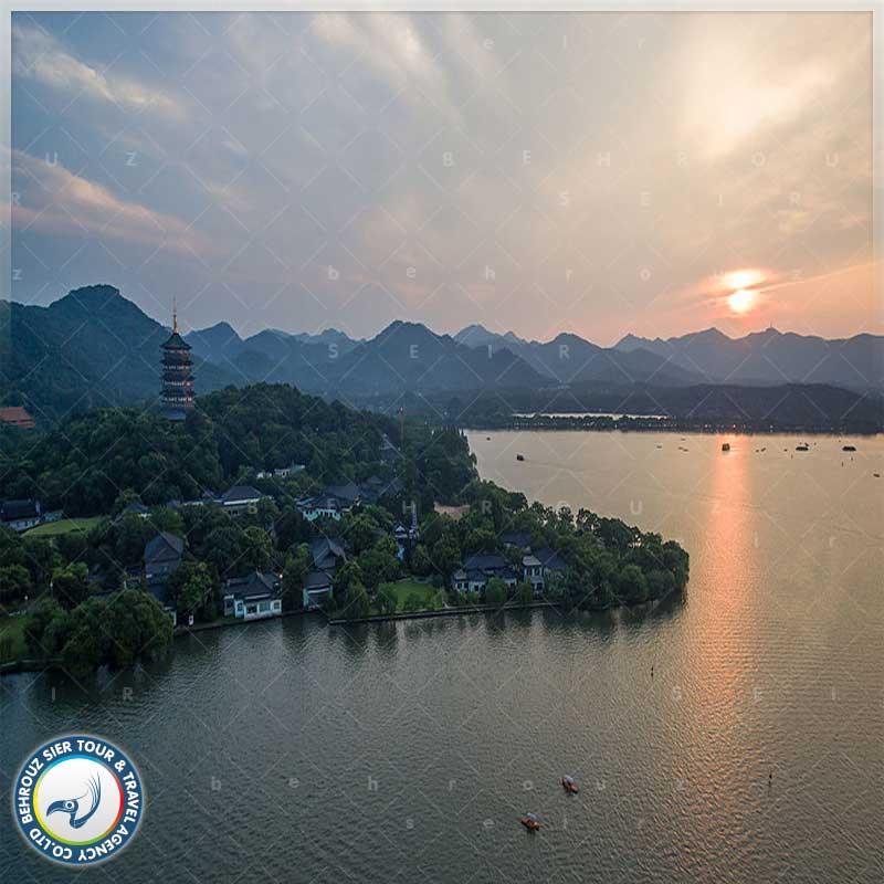 جغرافیای-دریاچه-غربی-در-هانگ-ژو-بهروزسیر