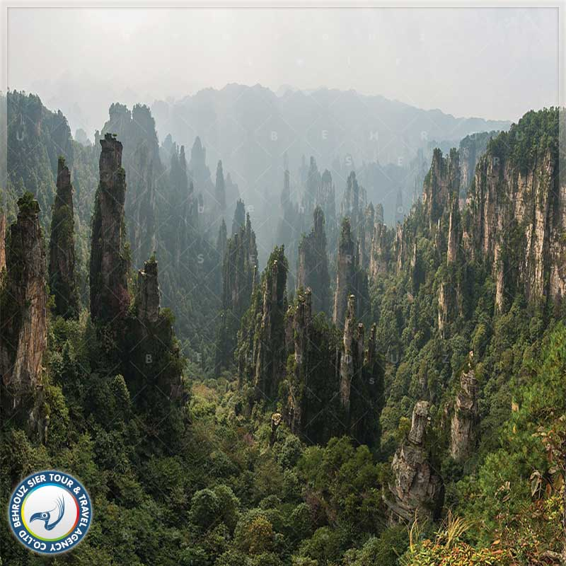 پارک ژانگجیاجی چین و آسانسور آسمان خراش Bailong
