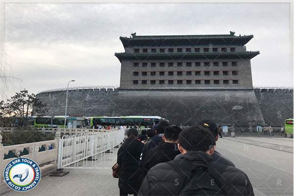 برنامه-استفاده-از-اتوبوس-ها-برای-بازدید-از-Badaling--دیوار-بزرگ-چین-بهروزسیر
