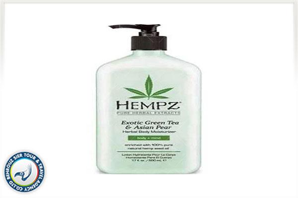 محلول-گیاهی-آبرسان-و-مرطوب-کننده-بدن-Hempz-بهروزسیر