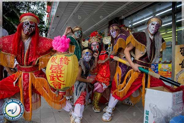 تفریحات-تابستانه-در-چین-در-ماه-آگوست-بهروزسیر