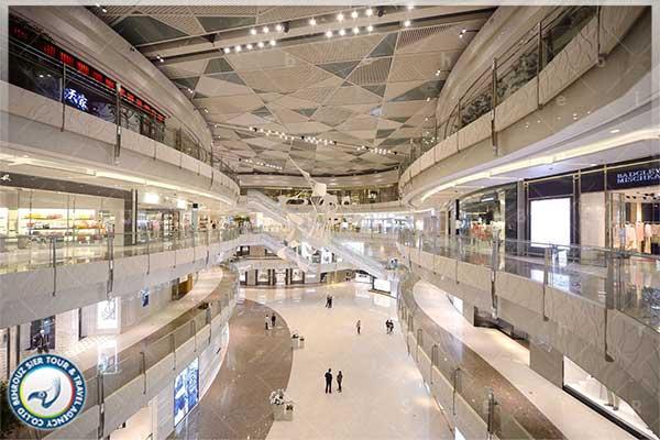مرکز خرید IFC Mall در شهر شانگهای بهروزسیر