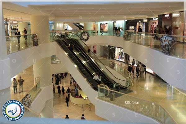 مرکز خرید چین Pacific Place در هنگ کنگ