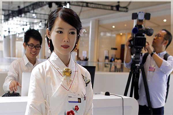 ربات-های-انسان-نما،-فصل-جدیدی-برای-ربات-ها-در-چین-بهروزسیر
